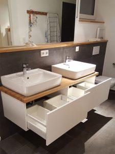 Waschbecken Ausziehschränke