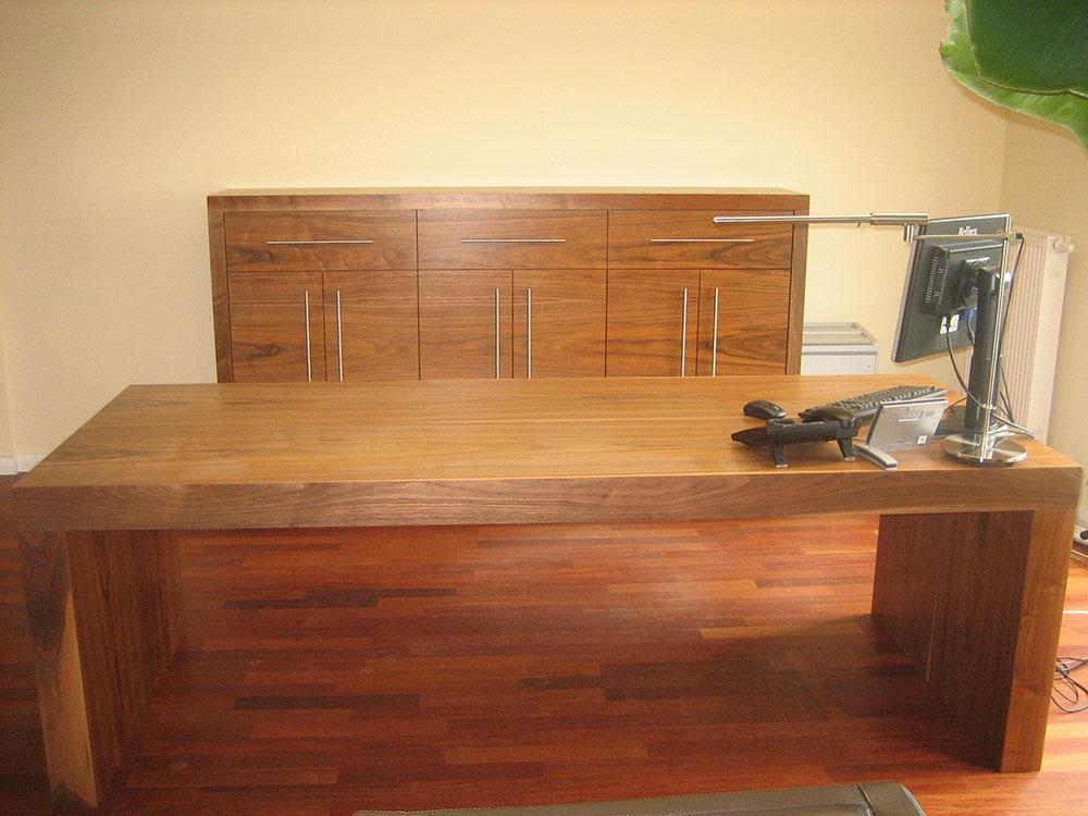 Büroeinrichtung Massivholz