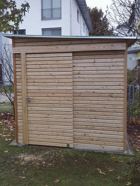 Gartenhaus mit Schiebetür