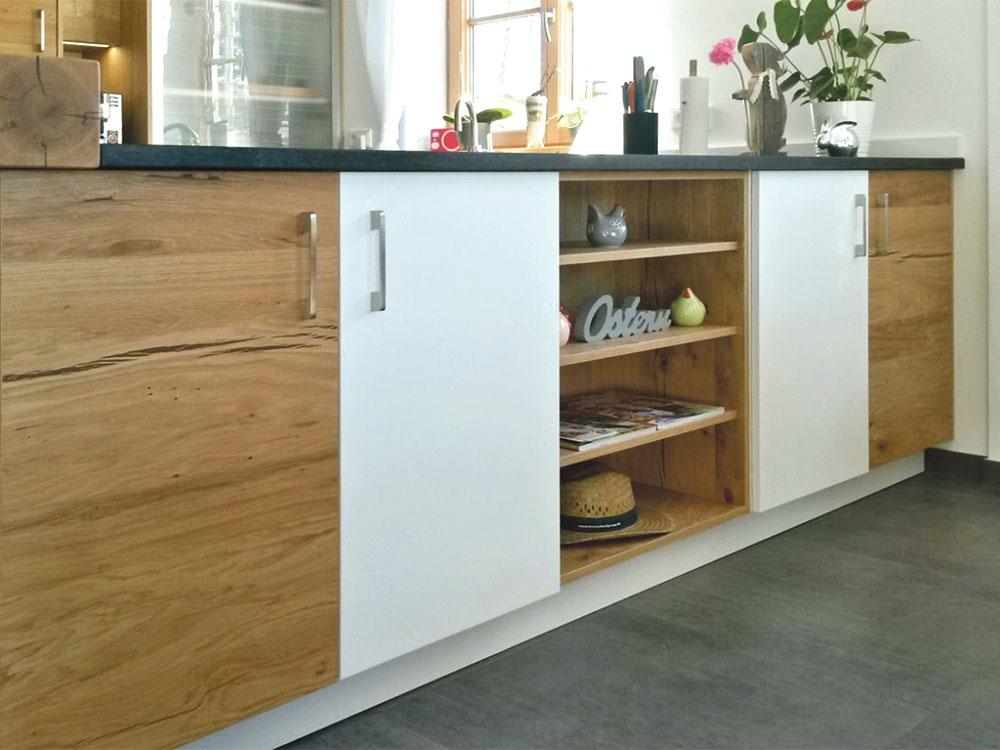 Stauraum in Küchentheke