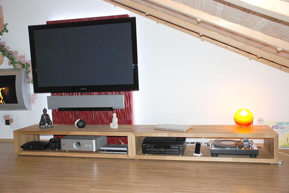 TV-Bank Wohnzimmer